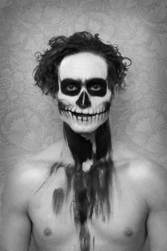 Marika Johansson. Fotograf. Modell. Svartvit. Skull.